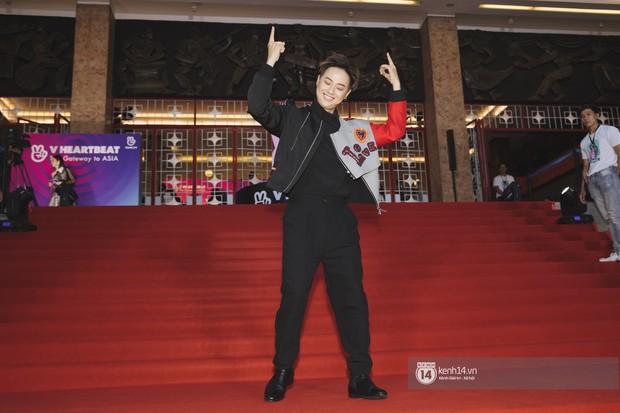 Super Junior gây choáng ngợp, Lee Hyori thế hệ mới khoe body sexy bên Vũ Cát Tường và dàn sao Việt trên thảm đỏ - Ảnh 16.
