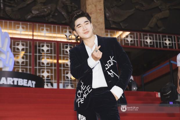 Super Junior gây choáng ngợp, Lee Hyori thế hệ mới khoe body sexy bên Vũ Cát Tường và dàn sao Việt trên thảm đỏ - Ảnh 15.