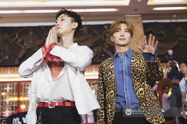 Super Junior gây choáng ngợp, Lee Hyori thế hệ mới khoe body sexy bên Vũ Cát Tường và dàn sao Việt trên thảm đỏ - Ảnh 7.