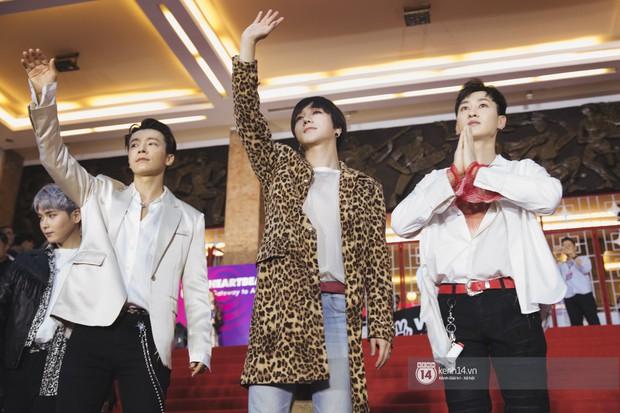 Super Junior gây choáng ngợp, Lee Hyori thế hệ mới khoe body sexy bên Vũ Cát Tường và dàn sao Việt trên thảm đỏ - Ảnh 6.