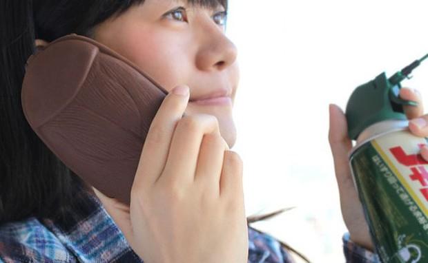 Smartphone ngày nay nhìn cứ na ná nhau, thứ khiến chúng khác biệt chính là loạt case độc dị này - Ảnh 8.