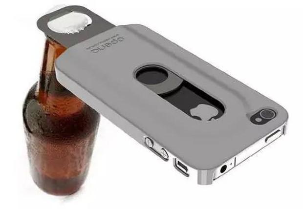 Smartphone ngày nay nhìn cứ na ná nhau, thứ khiến chúng khác biệt chính là loạt case độc dị này - Ảnh 10.