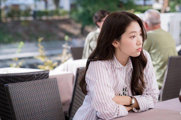 Fan Hàn tâng bốc lên mây xanh, netizen Trung tranh nhau chê Park Shin Hye béo đến mức già hẳn đi - Ảnh 8.