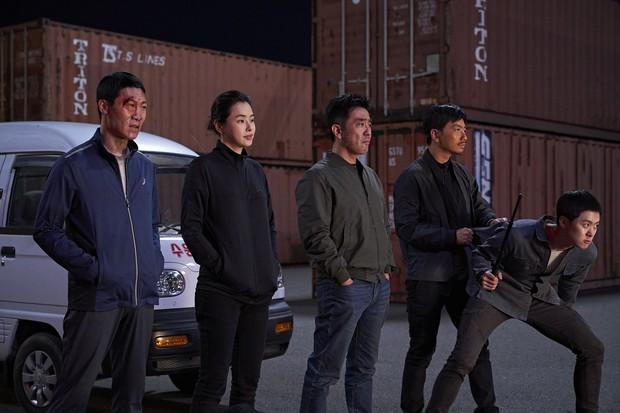 Nhờ giá vé tăng, Extreme Job chính thức chiếm lĩnh ngôi vương doanh thu xứ Hàn - Ảnh 1.