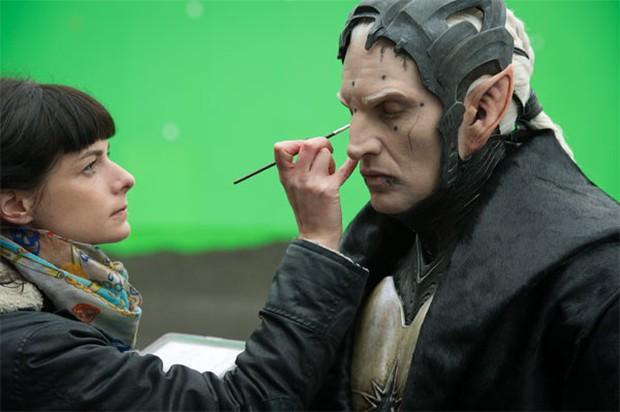 Hậu trường vũ trụ điện ảnh Marvel: Hulk giống thú nhồi hàng trả về, siêu anh hùng cũng phải makeup! - Ảnh 8.