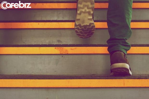 Mỗi ngày đi bộ tới 10.000 bước có tốt cho sức khỏe hay không?  - Ảnh 2.
