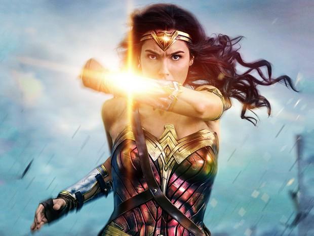 7 nữ siêu anh hùng bá đạo ngang ngửa Captain Marvel trên màn ảnh - Ảnh 3.