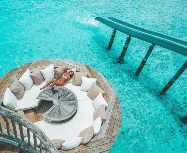 Choáng với khu nghỉ dưỡng sang chảnh bậc nhất Maldives, chỉ dành cho giới giàu đến siêu giàu - Ảnh 3.
