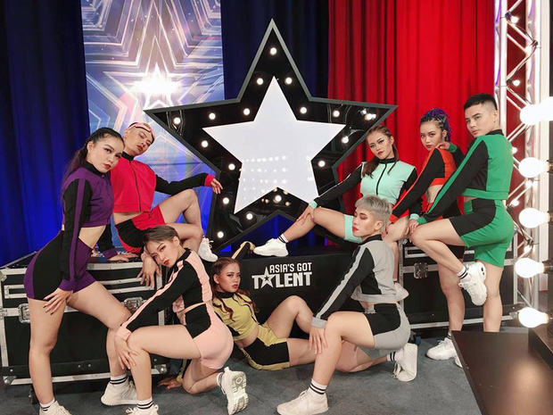 Trưởng nhóm Hanoi XGirls nói gì khi là đại diện Việt Nam duy nhất còn trụ lại Asias Got Talent 2019? - Ảnh 3.