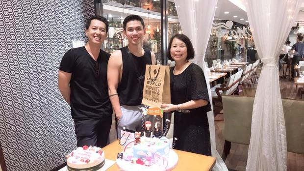 Vợ chồng Khởi My - Kelvin Khánh cùng hội bạn thân tổ chức sinh nhật tròn 60 cho má Năm - Ảnh 3.