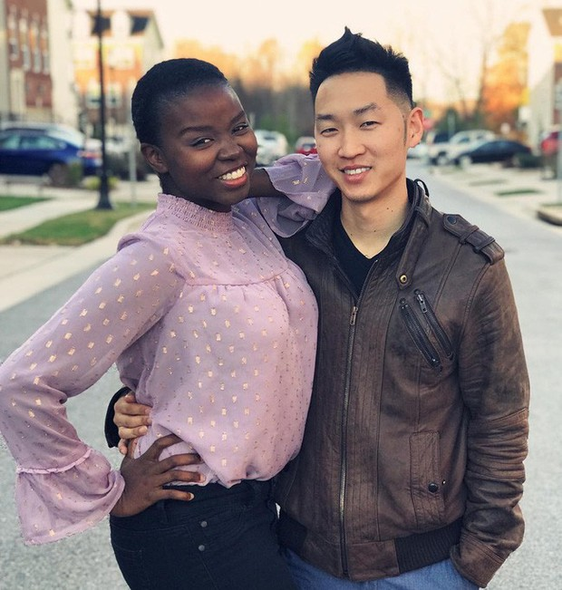 Chuyện tình của cặp đôi chàng người Hàn nàng gốc Phi: Bạn từ thời trung học, đến với nhau khi nàng đã qua 2 lần đò và có tận 4 đứa con - Ảnh 2.