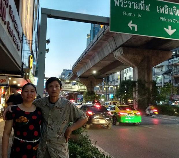 Trải nghiệm nhớ đời của cô gái để lạc mất bố giữa biển người Bangkok khi đưa gia đình sang Thái du lịch lần đầu tiên - Ảnh 5.