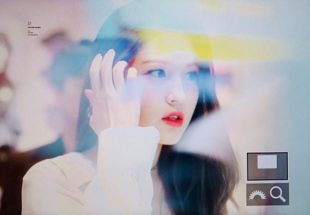Rời JYP về YG, nữ thần lai sinh năm 2001 Jeon Somi lên đời nhan sắc: Ảnh chưa chỉnh sửa mà đẹp như Final Fantasy - Ảnh 8.