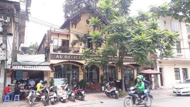 Hà Nội: Nam nhân viên nhà hàng sang trọng nghi sờ ngực và hành hung nữ đồng nghiệp  - Ảnh 1.