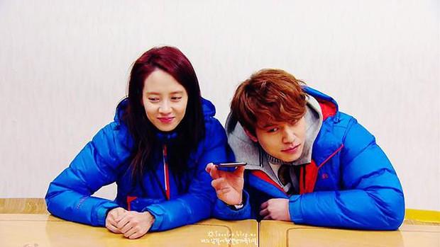 Song Ji Hyo hẹn hò với Lee Dong Wook: Thuyền SpartAce chính thức chìm hay cú lừa ngày Cá tháng 4? - Ảnh 3.