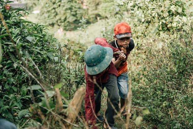 103 triệu đồng cho đôi dép khét lẹt và chiếc xe đạp vượt 103 km của cậu bé Sơn La: Sự tử tế của những người xa lạ - Ảnh 7.
