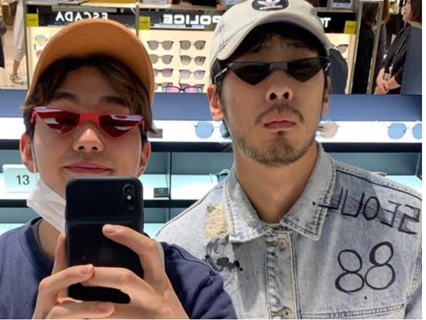 Tiểu So Ji Sub Yoo Seung Ho khoe ảnh vi vu Đà Nẵng lên Instagram, thích thú trải nghiệm đi xích lô và thuyền - Ảnh 6.