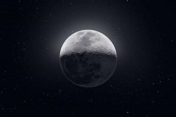Những bức ảnh thú vị về Mặt trăng ở hình dáng và kích thước khác nhau - Ảnh 1.