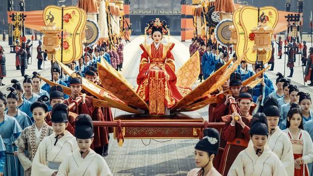 Đông Cung: Cảnh đại hôn hoành tráng đến mấy cũng thua nhan sắc không tì vết của Bành Tiểu Nhiễm! - Ảnh 2.