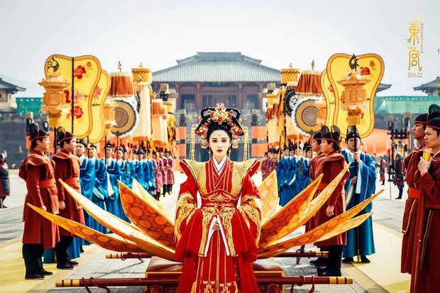 Đông Cung: Cảnh đại hôn hoành tráng đến mấy cũng thua nhan sắc không tì vết của Bành Tiểu Nhiễm! - Ảnh 8.