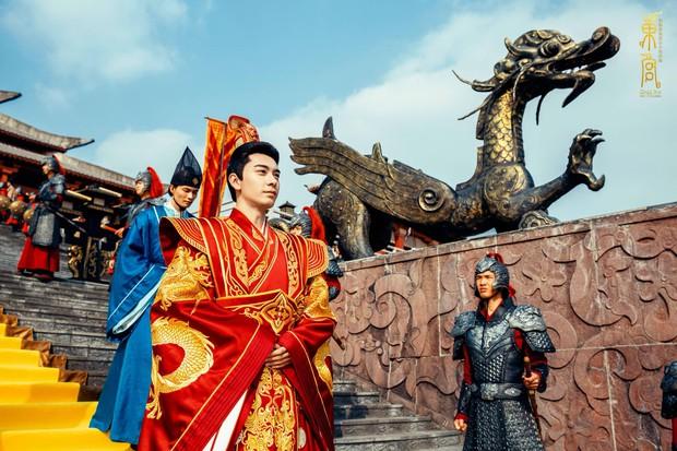 Đông Cung đại hôn xa hoa tột bậc, khán giả nghẹn lòng: Hoa lệ mấy cũng không bằng bái đường giản dị ở thảo nguyên xưa! - Ảnh 6.