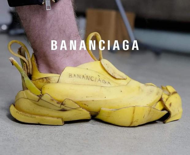 Hot nhất trên mạng hôm nay là đôi giày Balenciaga làm từ vỏ chuối: Có tiền cũng không mua được đâu! - Ảnh 2.