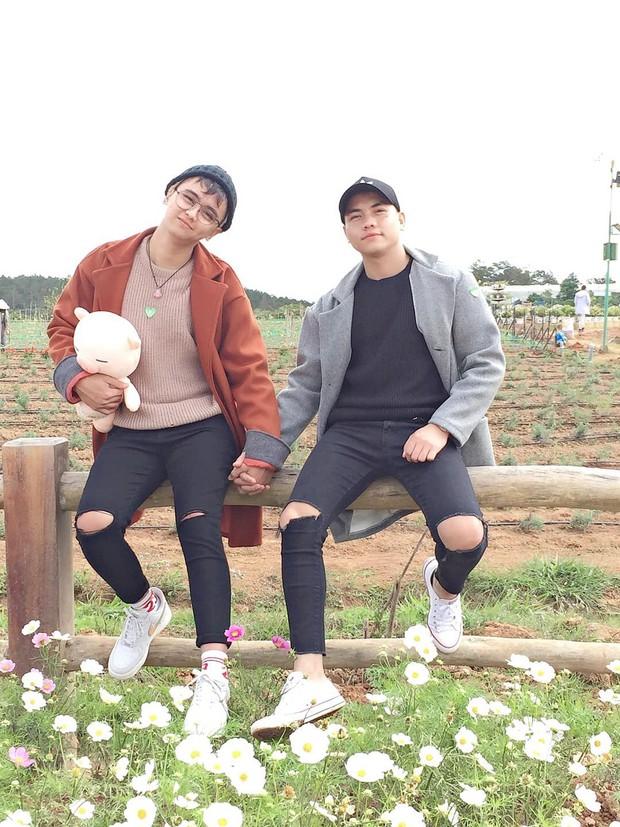 Chuyện tình đồng tính lãng mạn của 2 chàng trai tỏ tình ở Đà Lạt, dắt nhau về ra mắt và nhận được cái ôm của bố mẹ - Ảnh 1.
