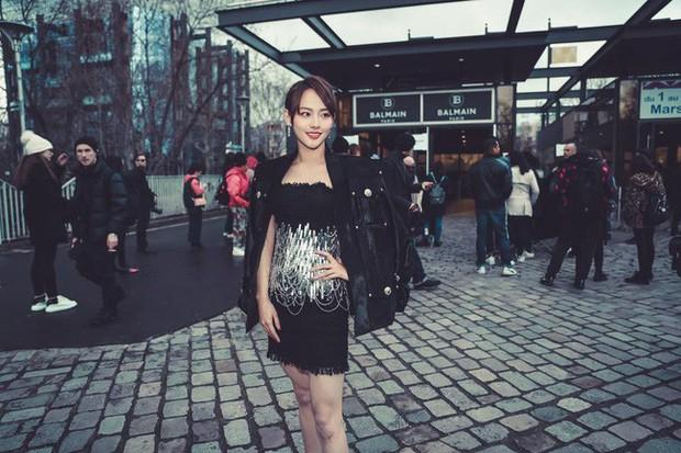 Không hổ danh là mỹ nhân đẹp nhất Diên Hi, Trương Gia Nghê hút mọi ánh nhìn tại Tuần lễ thời trang Paris - Ảnh 3.