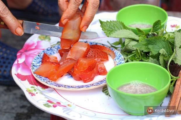 Nhìn xịn như sushi nhưng chỉ 30k một suất đặc sản này ở Hà Nội, chưa đến hè mà dân tình đã rục rịch tìm ăn - Ảnh 5.