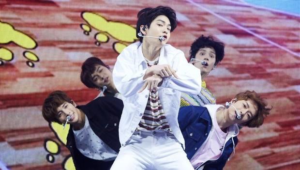 TXT tiết lộ lời khuyên nhận được từ BTS, ý nghĩa bài hát chủ đề và kế hoạch tương lai của nhóm - Ảnh 7.