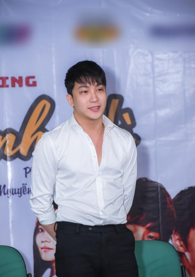 Gương mặt bánh bao của B Trần không cần cast cũng hợp vai trong Vua Bánh Mì phiên bản Việt - Ảnh 2.