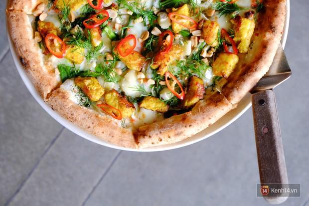 Pizza bún đậu mắm tôm: sự kết hợp khiến cộng đồng mạng nghe thôi đã muốn chao đảo - Ảnh 6.