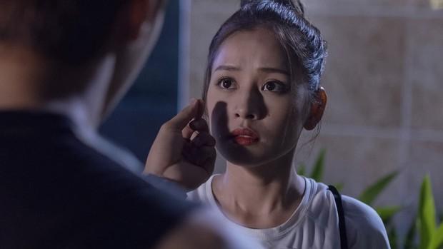 Mối Tình Đầu Của Tôi 25: An Chi quá dễ dãi, mới được khen xinh đã nhận Minh Huy làm anh trai mưa! - Ảnh 9.