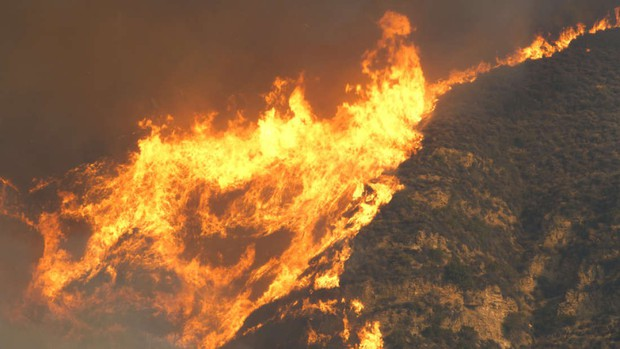 Còn nhớ vụ cháy rừng như tận thế tại California năm ngoái chứ? Khoa học tin rằng từ nay nó có thể xảy ra mỗi năm - Ảnh 2.