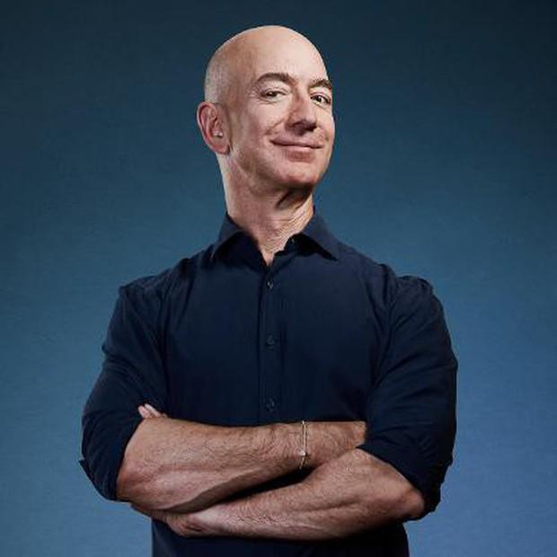 Danh sách 10 người giàu nhất hành tinh năm 2019 do Forbes công bố - Ảnh 2.