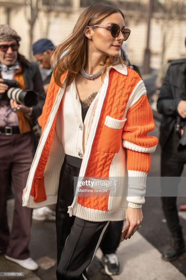 Không bị dìm bởi ống kính phóng viên nước ngoài, Irene đẹp xuất sắc, lấn át cả người yêu Brooklyn Beckham tại show Miu Miu - Ảnh 4.
