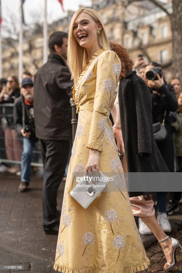 Không bị dìm bởi ống kính phóng viên nước ngoài, Irene đẹp xuất sắc, lấn át cả người yêu Brooklyn Beckham tại show Miu Miu - Ảnh 3.