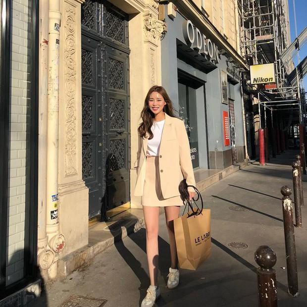 4 tips từ các quý cô làm thời trang sẽ cho bạn thấy: Không cần tốn nhiều tiền bạc công sức, ai cũng có thể mặc đẹp - Ảnh 2.