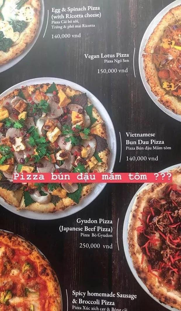 Pizza bún đậu mắm tôm: sự kết hợp khiến cộng đồng mạng nghe thôi đã muốn chao đảo - Ảnh 1.
