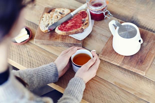 Người mắc bệnh tiểu đường nên từ bỏ ngay 5 thói quen ăn uống này để ngăn ngừa các biến chứng tai hại - Ảnh 1.