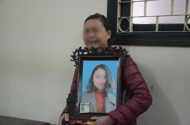 Nỗi đau và giọt nước mắt của 2 người mẹ trong phiên xét xử ca sĩ Châu Việt Cường nhét tỏi vào miệng khiến cô gái trẻ tử vong - Ảnh 3.