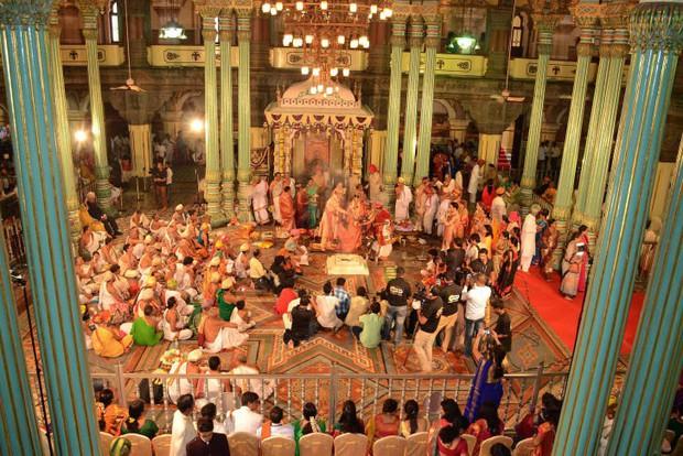 Tại sao giới thượng lưu Ấn Độ lại ngày càng ưa thích những siêu đám cưới triệu đô? - Ảnh 6.