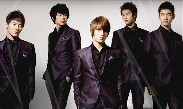 Thả thính về màn tái hợp của DBSK 5 thành viên, Yoochun bị netizen mỉa mai hết lời - Ảnh 2.