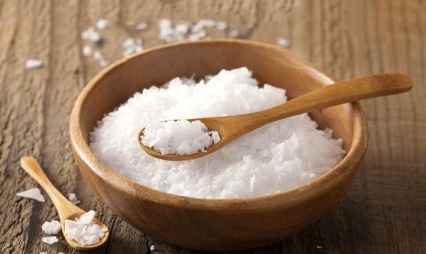Ăn cơm với muối: ở nơi khác là bình dân, ở Huế lại là sơn trân hải vị - Ảnh 1.
