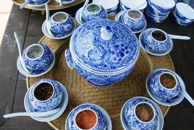Ăn cơm với muối: ở nơi khác là bình dân, ở Huế lại là sơn trân hải vị - Ảnh 2.
