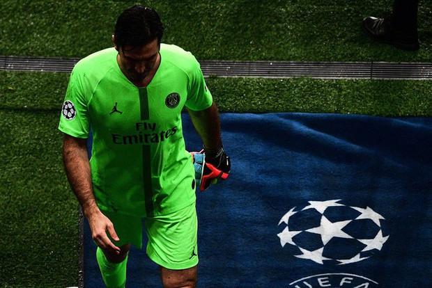 22 năm tỏ tình với Champions League vẫn bị khước từ, bỏ đi thôi anh chàng thủ môn 41 tuổi của PSG - Ảnh 3.