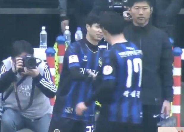 Fan hụt hẫng khi Công Phượng chỉ được vào sân 2 phút trong chiến thắng đầu tay của Incheon United - Ảnh 2.