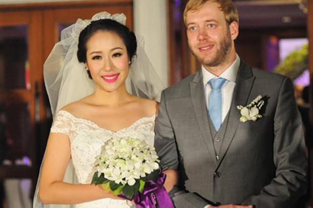 Hoa hậu gia thế khủng nhất Việt Nam - Ngô Phương Lan đã hạ sinh con đầu lòng sau 6 năm đám cưới - Ảnh 3.