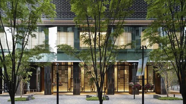 Trải nghiệm truyền thống giữa lòng Tokyo xô bồ: Tưởng nhà trọ bình dân, nhìn giá phòng 1.300 USD/đêm mới biết nơi này sang chảnh đến mức nào! - Ảnh 1.