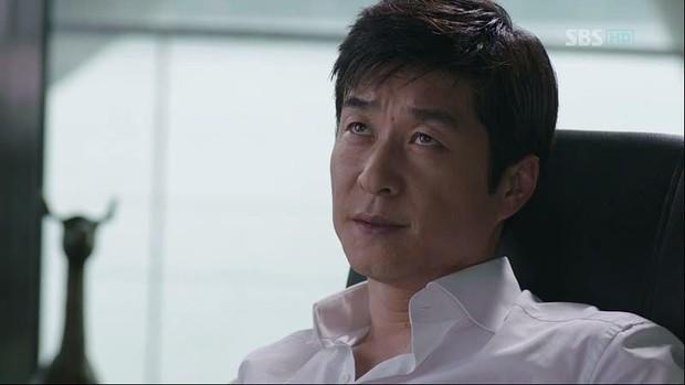 """Đối đầu với drama """"bóc phốt"""" showbiz của SBS, MBC tung siêu phẩm vạch trần tham nhũng tài chính Hàn Quốc - Ảnh 3."""